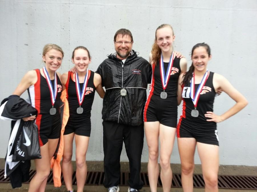 4x800 racers make it to States