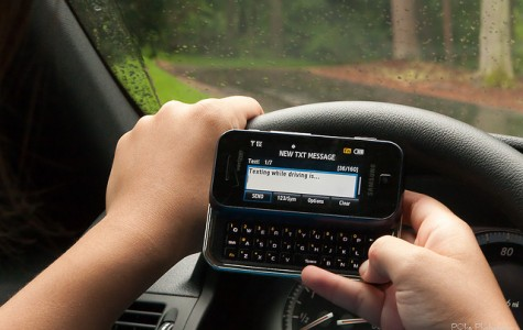 Editorial: Texting and driving causes more problems than it's worth