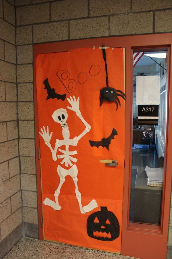 Mrs. Schroeder's homeroom students did a BOOtiful job on their door.