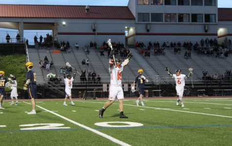 Boys' lax carries Section Championship into playoffs