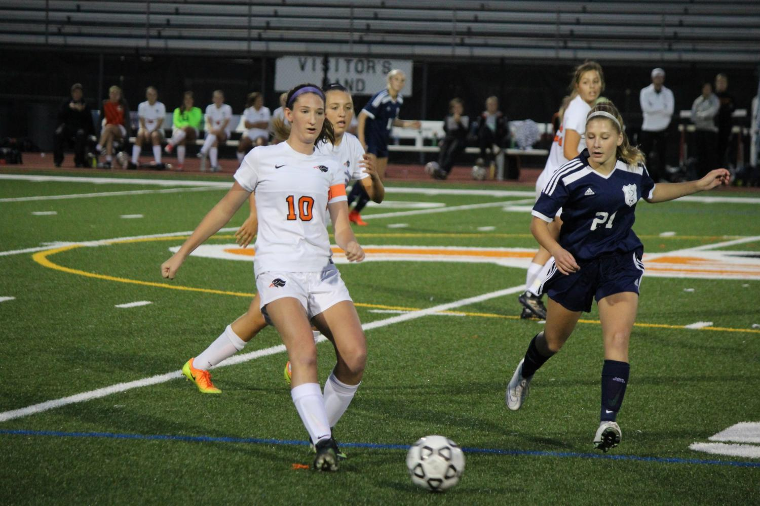 Senior defender/midfielder Kelsey Thompson executes a play against Norwin on Wednesday, Sept. 6.