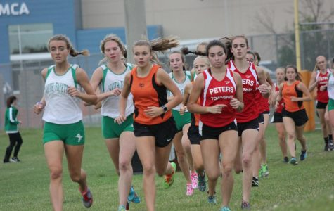 Cross country teams go 1-1 against rival runners