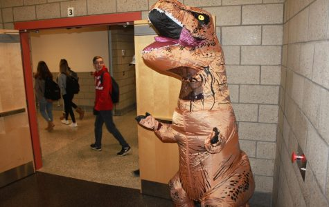 Decision made: SGA picks winners of 2017 costume contest