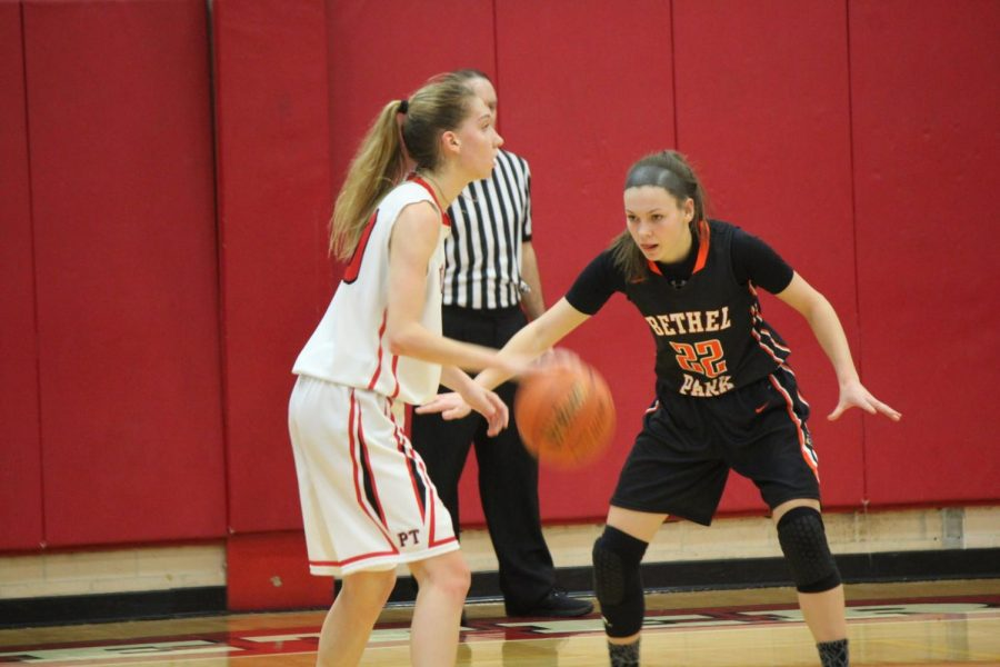 Olivia+Westphal+defends+the+ball+during+the+Lady+Hawks%27+game+vs.+Peters+on+Jan.+22.