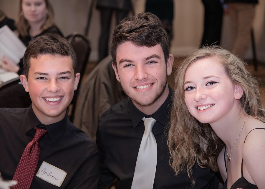 Slideshow: Band members smile at banquet – Hawk Eye