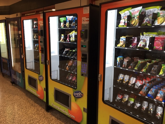 Vending+machines+will+soon+serve+healthier+options.