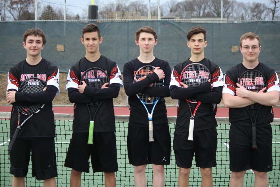 Seniors+of+the+BPHS+Varsity+Tennis+team+