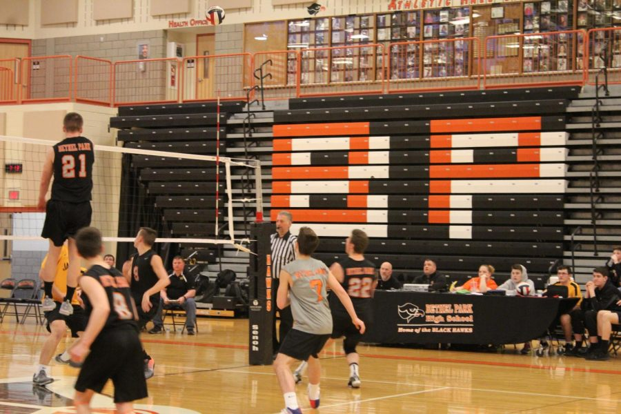 Boys volleyball advances to WPIAL championship after 3-2 win against Shaler