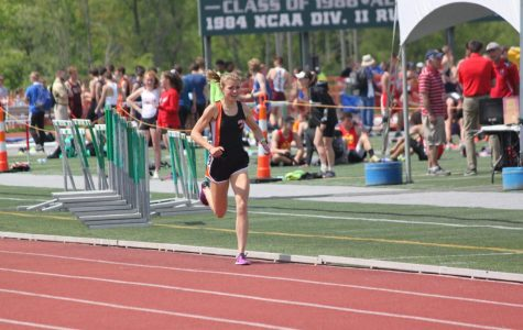 Carter continues to amaze, cruises to track record, victory at Red White and Blue Invitational