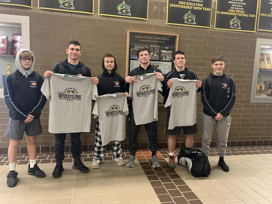 Bryson Bench, Riley O'Mara, Parker Loera, Luke Montgomery, Tyler Thimons, and Aidan Puskas pose for a pic after the Eastern Area Tourn at Gateway High School on Saturday. Riley, Parker, and Luke placed second. Tyler placed fifth.
