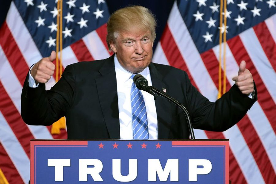 Donald+Trump+speaking+to+supporters+at+an+immigration+policy+speech+at+the+Phoenix+Convention+Center+in+Phoenix%2C+Arizona.