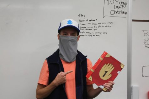 Senior Evan Manion dresses up like the fictional character Mason Dipper Pines from Disney Channels Gravity Falls.